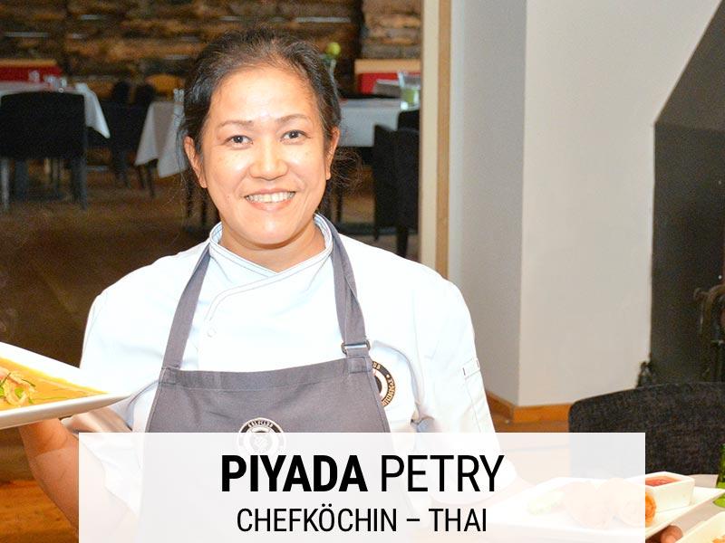 Chefköchin Thai